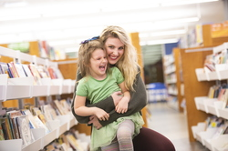 18-Amber Sayles with Rylee in library-1120-DG-041