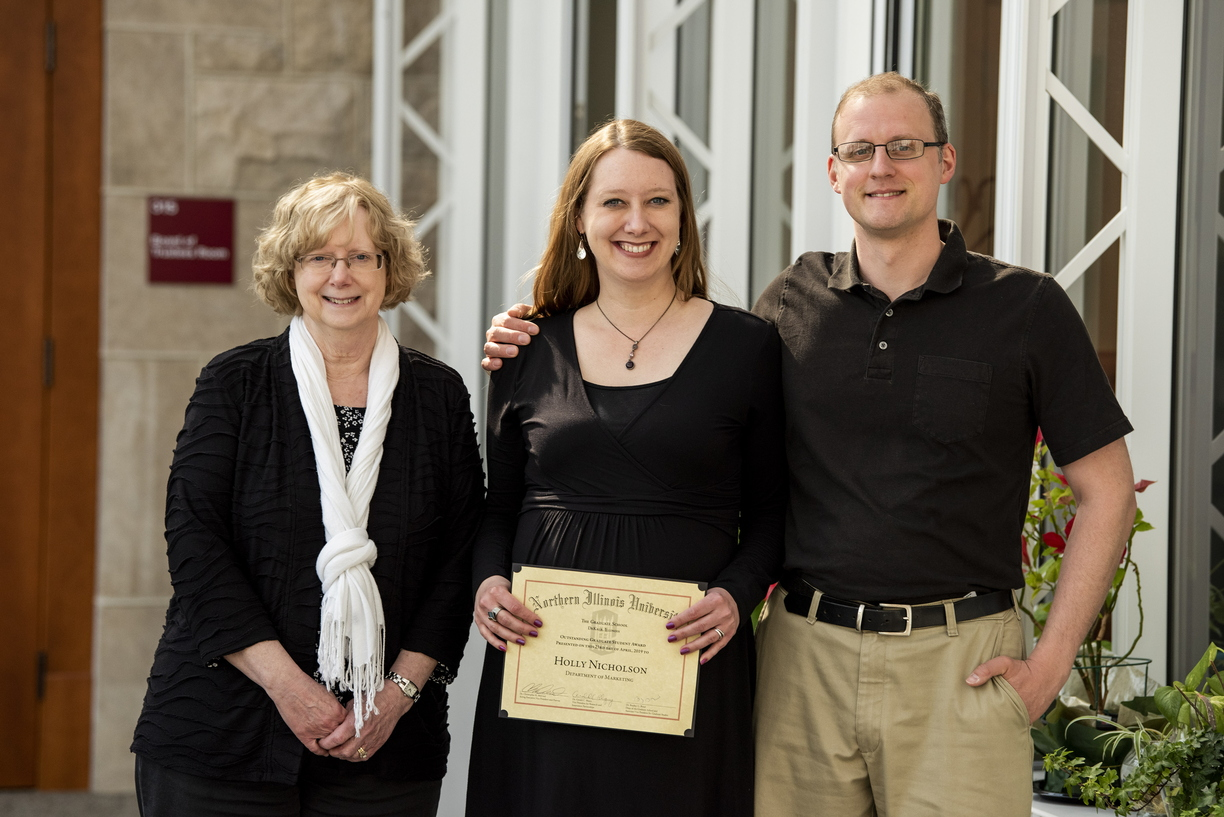 19 - Outstanding Graduate Student Recognition Reception  - 0423 - MZ015.JPG