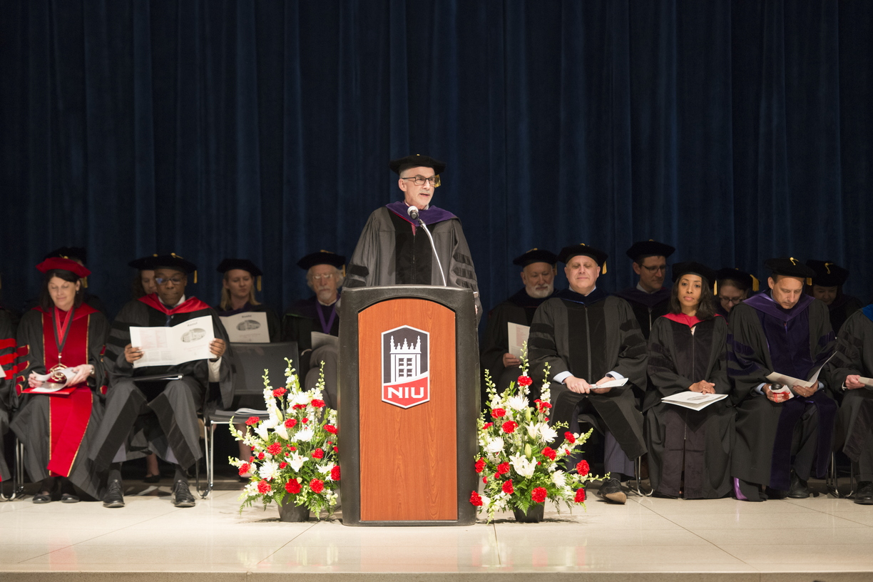 19-Law_Commencement-0525-WD-018.jpg