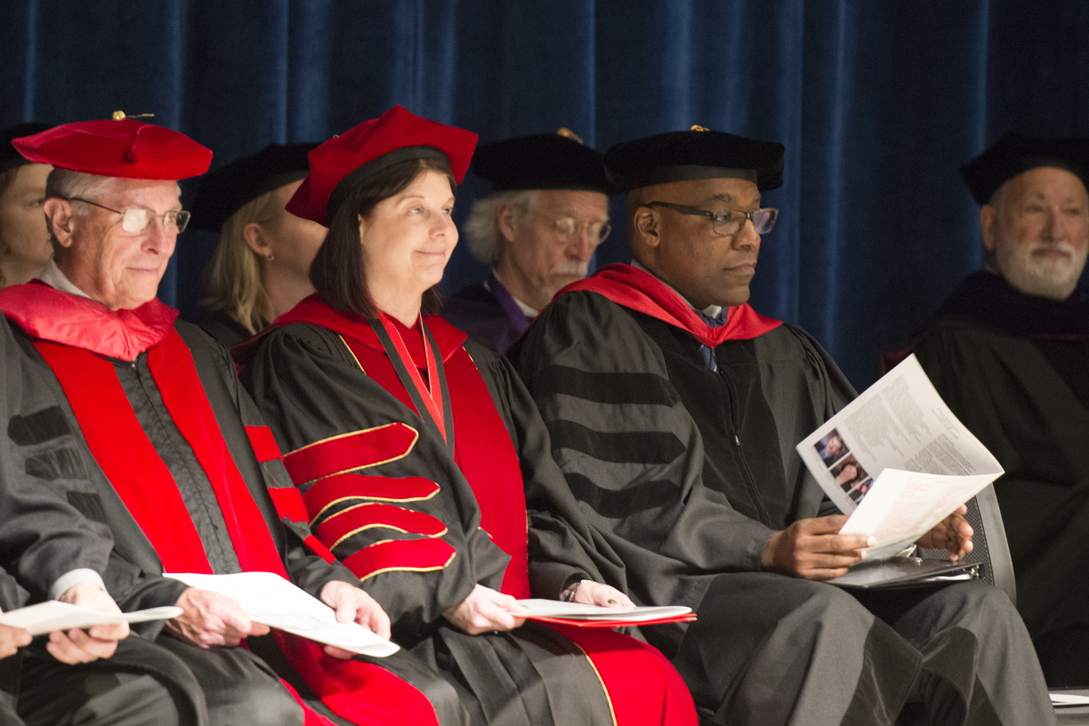 19-Law_Commencement-0525-WD-020.jpg