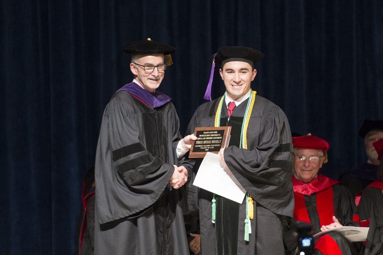 19-Law_Commencement-0525-WD-112.jpg