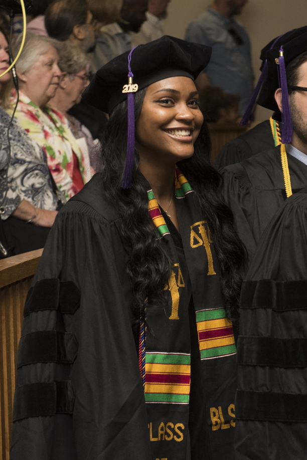 19-Law_Commencement-0525-WD-414.jpg