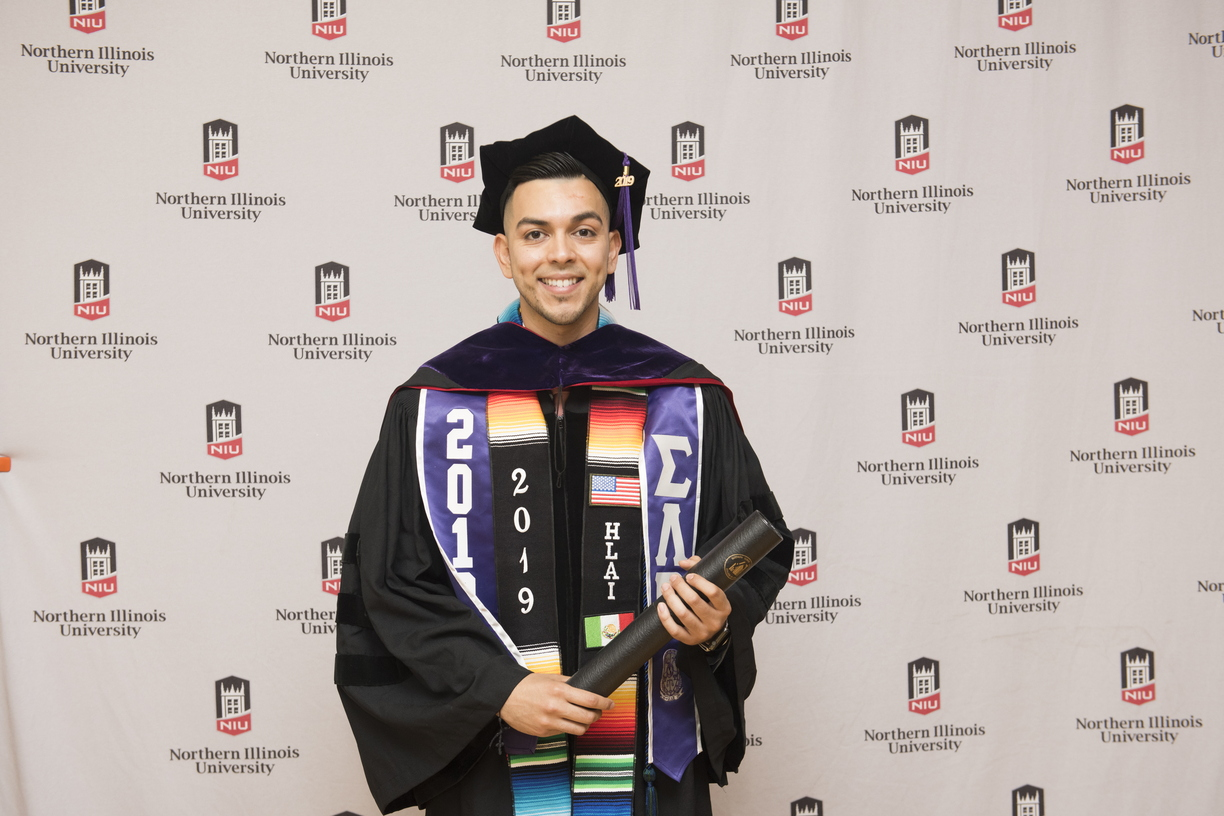 19-Law_Commencement-Photobooth-0525-WD-05.jpg